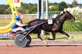 Quinté+ du vendredi 17 septembre à Vincennes (R1C3 - 20h15) : Falcao de Chenu s'annonce redoutable à la limite du recul